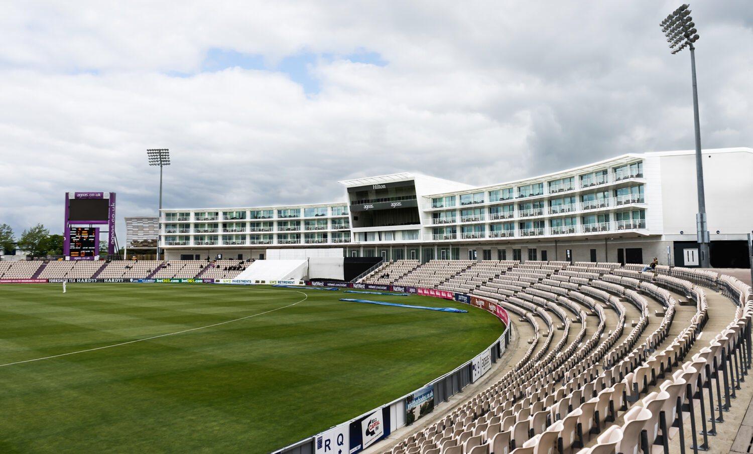 Epr Architects Hilton Hotel At The Ageas Bowl