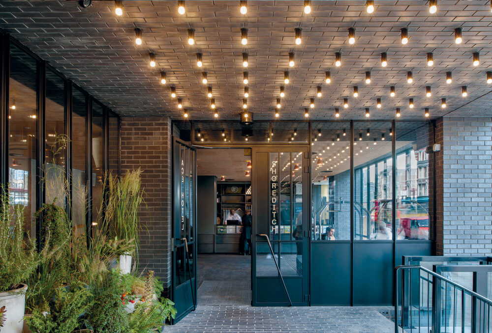 European Hotel Design Awards 2014 Best Architecture Renovation Award UK Property